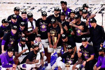 Los Angeles Lakers, NBA'de 17. kez şampiyonu oldu