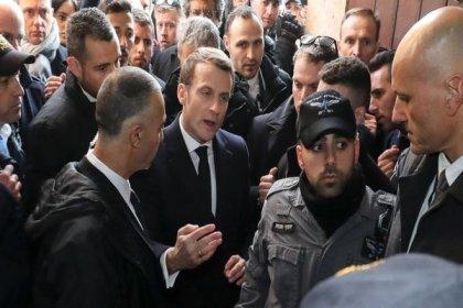 Macron, Kudüs'teki Osmanlı hediyesi Fransız kilisesi önünde İsrailli güvenlik güçleriyle tartıştı