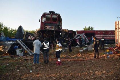 Malatya'da yük trenleri çarpıştı: 1 ölü, 4 yaralı