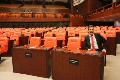Meclis oturumuna sadece Erkan Baş katıldı