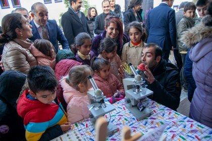 Meraklı Çocuk Bilim ve Sanat TIR'ı Bodrum'da