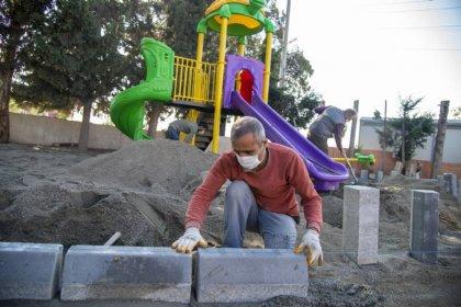 Mersin Büyükşehir Belediyesi, 50 mahalleye oyun parkları kuruyor