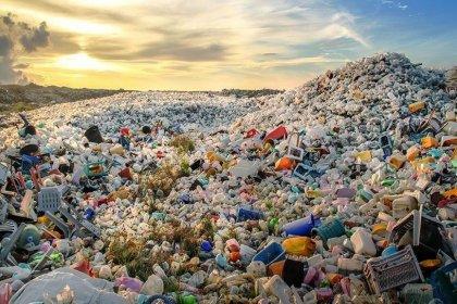MHP'den hükümete: Çöpünü ithal ettiğimiz ülkelerin tamamı koronavirüsten kırılıyor, üste para vererek virüs ithal etmeyelim
