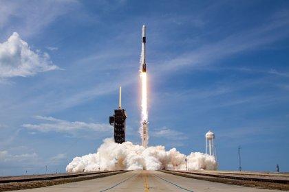 Nasa astronotlarını taşıyan Crew Dragon uzay aracı fırlatıldı