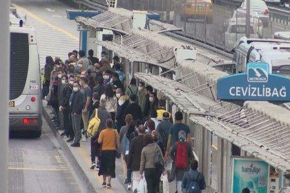 'Normalleşme'nin ilk gününde metrobüslerde yoğunluk
