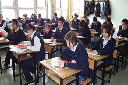 Ortaöğretime geçişte okullaşma azalıyor