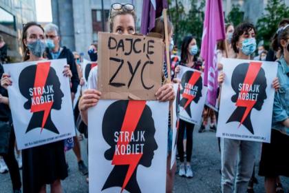 Polonya hükümeti İstanbul Sözleşmesi'ni AYM'ye taşıyor