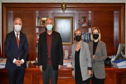 Prof. Şengül Hablemitoğlu'ndan Manşur Yavaş'a ziyaret