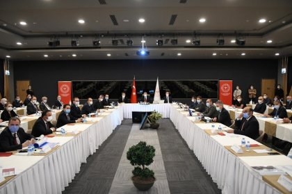 Sağlık Bakanı Dr. Fahrettin Koca; İstanbul'da vaka sayısı Türkiye genelinin %40'ına, Ankara'nın 5 katına ulaştı