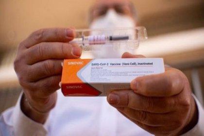 """Sağlık Bakanlığı'ndan """"Çin aşısı Türkiye'de"""" haberine yalanlama"""
