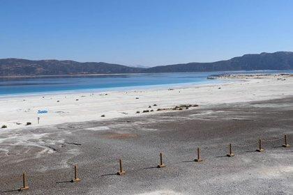 Salda Gölü'nün Beyaz Adalar kısmı ziyarete kapatıldı