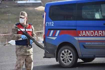Şanlıurfa'da 97 ev karantinaya alındı