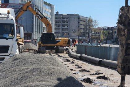 Sokağa çıkma yasağının sürdüğü 'trafiksiz' İstanbul'da İBB 4 noktada alt yapı sorunlarının çözümü için çalışmalar hızlandırıldı