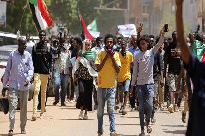 Sudan'da 30 yıllık İslami yönetim sona erdi
