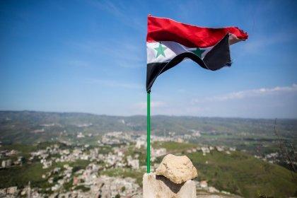 Suriye: ABD, topraklarımızda elde ettiği petrolü Türkiye üzerinden diğer ülkelere satıyor