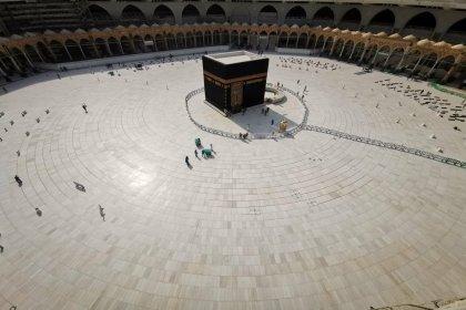 Suudi Arabistan'dan Kabe açıklaması: Ziyaretler 4 Ekim'de kademeli olarak yeniden başlayacak