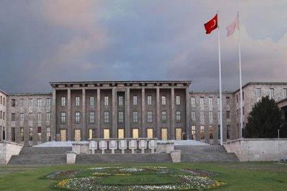 TBMM'nin açılışının 100. yılı kutlamaları iptal edildi, Meclis Başkanı evlerde İstiklal Marşı okumaya davet etti