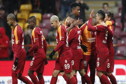Teklif hazırlandı: Galatasaray maaşlarda indirime gidiyor