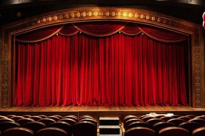 Tiyatro, opera ve bale gösterileri için getirilen yasak iptal edildi