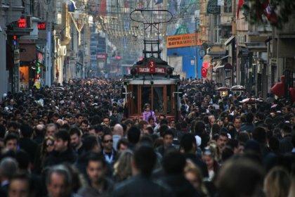 Toplumun yüzde 58'ini 2021'de ekonomik zorluklar bekliyor