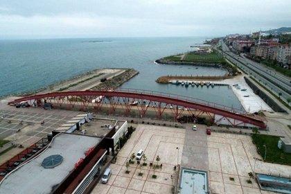 Trabzon'da karadan karaya köprü yapan belediye çözüm arıyor