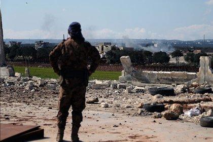 TSK tankları ve komandolar Suriye kontrolündeki topraklara intikal ediyor