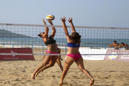 U-18 Avrupa Plaj Voleybol Şampiyonası başladı