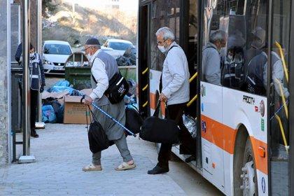 Umreden dönen 275 kişi, Eskişehir'de yurtta gözlem altında