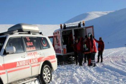 Van'da çığ altında kalan 5 kişinin cansız bedenine ulaşıldı