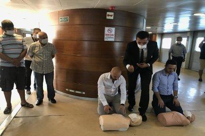 Vapurlarda yolculara ilk yardım eğitimi verildi