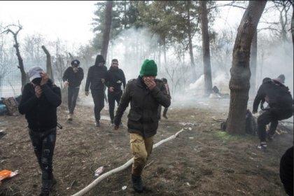 Yunan güvenlik güçlerinden sığınmacılara gazlı müdahale