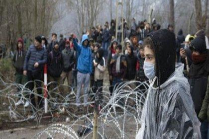 Yunanistan, Türkiye'yi 'göçmenlerin çadırlarını yakmakla' suçladı