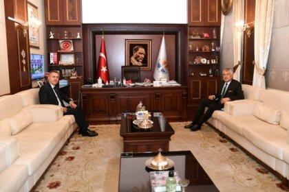 Zeydan Karalar: 'Adana için yaptığımız her olumlu iş devlete de olumlu yansır'