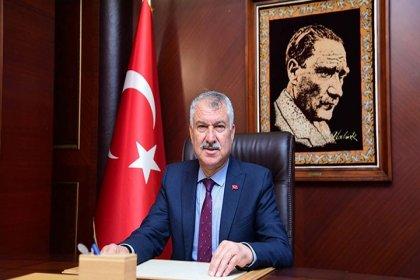 Zeydan Karalar duyurdu: Adana Büyükşehir Belediyesi'nde asgari ücret an az 3 bin 100 lira olacak