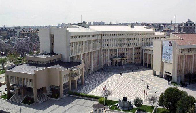 5 milyon TL harcanarak tadilatı yapılan Gaziantep Hükümet Konağı yıkılıyor