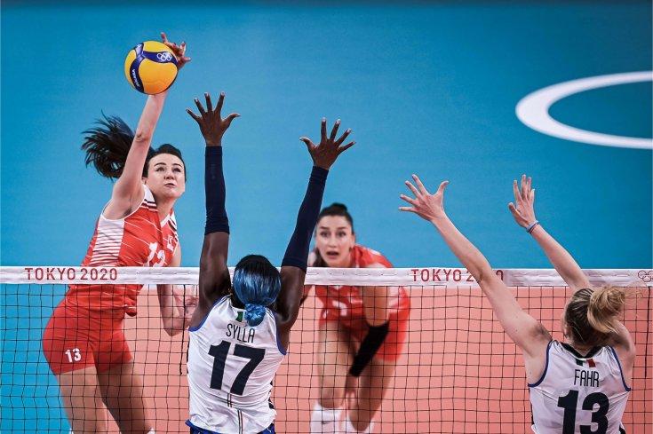 A Milli Kadın Voleybol Takımı, İtalya'ya 3-1 mağlup oldu