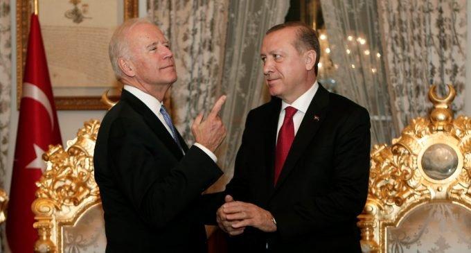 ABD basınından Biden'a çağrı: Türkiye ile olan Gordion düğümünü kes