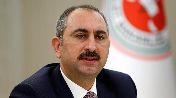 Adalet Bakanı Gül: Bana her gün tutuklama siparişi verenlere sesleniyorum, Adalet Bakanının cübbesi yoktur