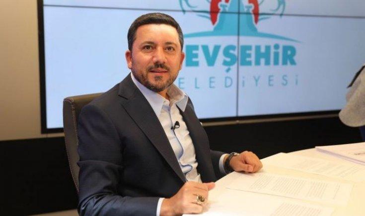 'AKP'li başkan partisinden istifa etti' iddiası: ''Önceki AKP'li yönetimin yolsuzluklarını anlattı, 'ya istifa et ya yolsuzluk dosyasını kapat' dediler''