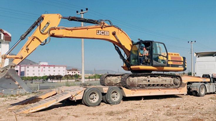 """""""AKP'li belediye başkanı, kaçak inşaatta belediye araçlarını kullandı"""" iddiası"""