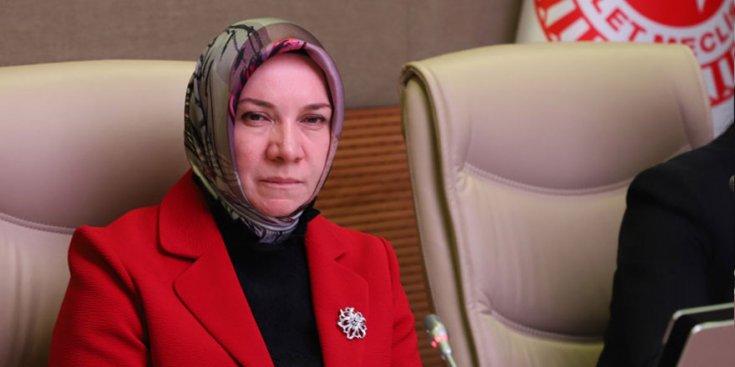 AKP'li vekil Hülya Nergis: Türkiye çok gelişti, artık ev, araba sahibi olmak hiç zor değil'
