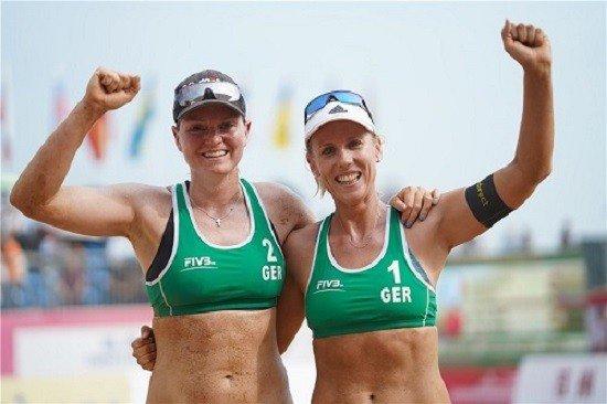 Alman plaj voleybolu yıldızları 'Turnuvayı boykot edeceğiz' dedi, Katar bikini yasağından çark etti