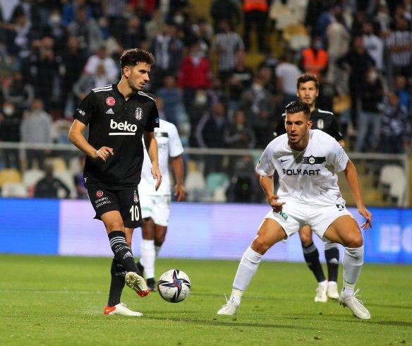 Altay, Beşiktaş'ı 2-1 yendi
