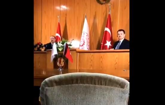 Anadolu Ajansı muhabirinden iki bakana şok eden Süleyman Soylu sorusundan sonra Anadolu Ajansı Musab Turan'ın işten çıkarıldığını açıkladı