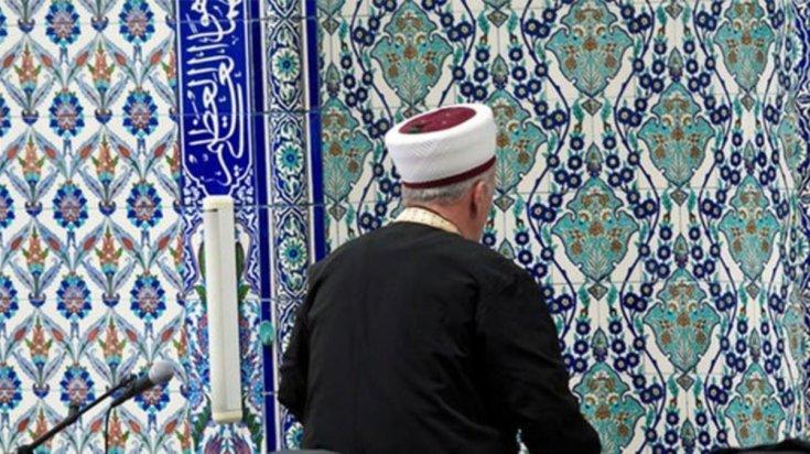 Aşı karşıtı imam açığa alındı
