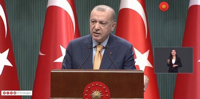Erdoğan Kabine toplantısı açıklamasında; 'Mart ayı başı itibariyle kademeli normalleşme sürecini başlatıyoruz. Hafta sonu uygulamasından başlayarak sokağa çıkma sınırlamasını da aşamalı şekilde kaldırıyoruz'
