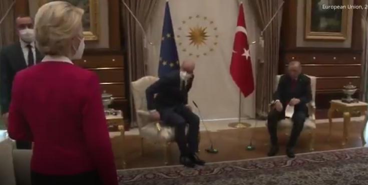Erdoğan ve AB yetkilisi Michel koltuğa oturdu, Ursula von der Leyen ayakta kaldı, görüntüler tepki çekti
