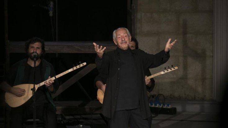 Genco Erkal, Mersin'de tiyatroseverlerle buluştu