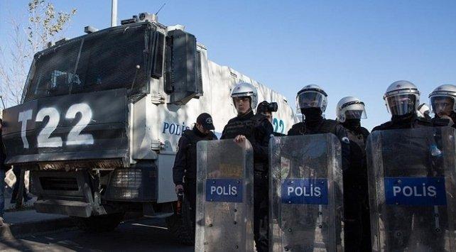 Hakkari'de gösteri ve yürüyüşler 15 gün yasaklandı