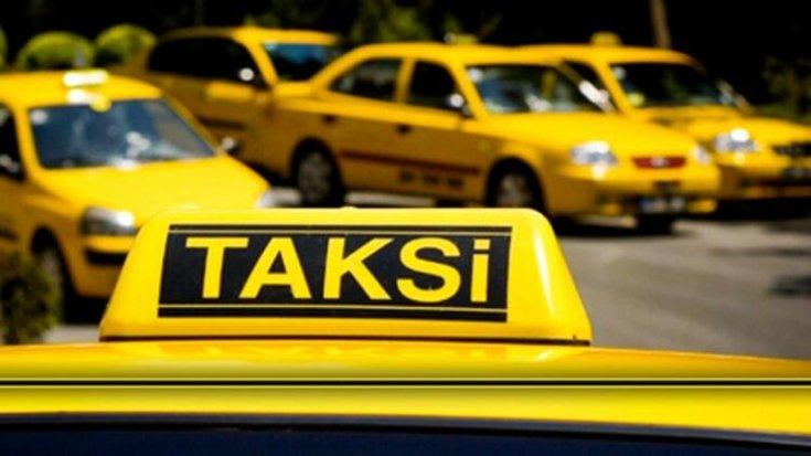 İBB'den askıya aldığı 397 havaalanı taksisine geçici çalışma belgesi